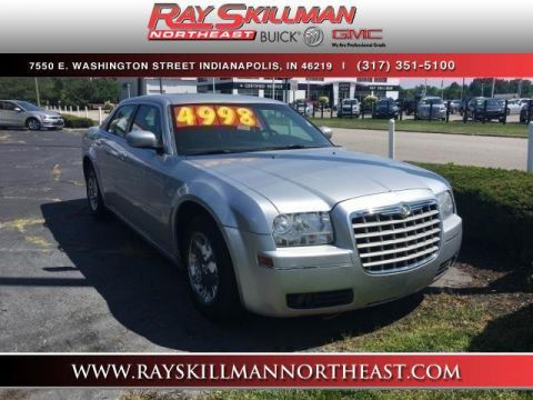 Pre-Owned 2005 Chrysler 300 4dr Sdn 300 Touring *Ltd Avail*
