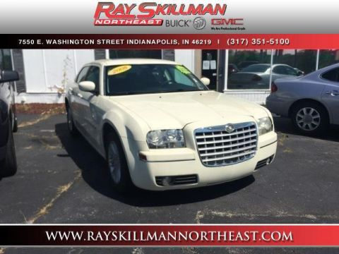 Pre-Owned 2008 Chrysler 300 4dr Sdn 300 Touring RWD