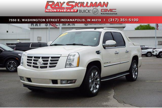 Pre-Owned 2011 Cadillac Escalade EXT AWD 4dr Luxury
