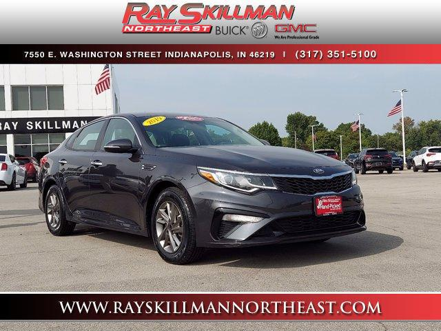 Pre-Owned 2019 Kia Optima LX Auto