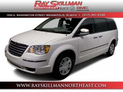 Pre-Owned 2010 Chrysler Town & Country 4dr Wgn LX